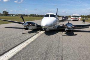 Beechcraft B90 King Air made belly landing