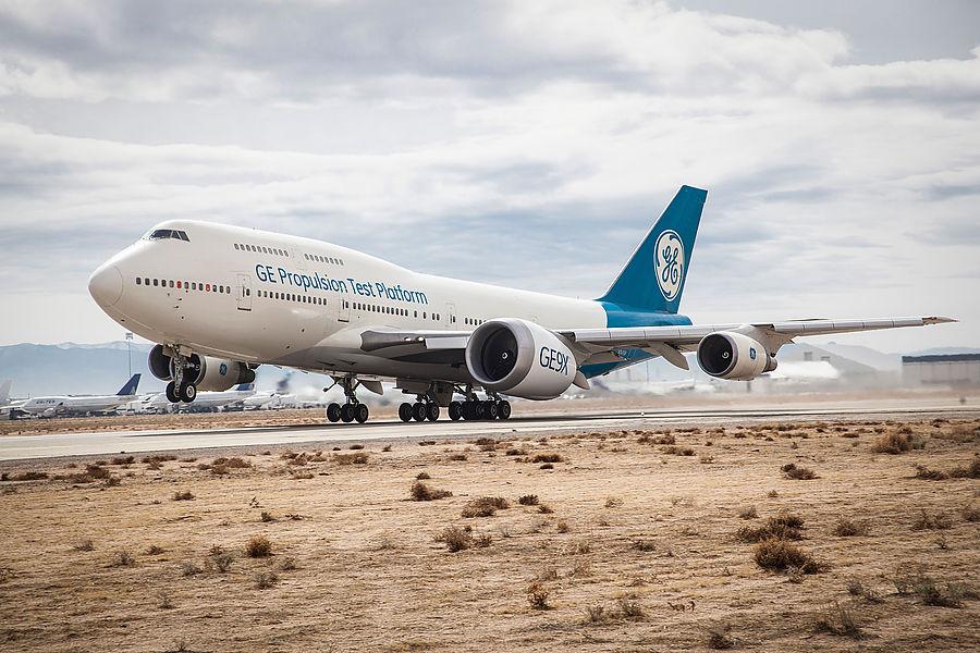 General Electric tests next generation GE9X turbofan jet